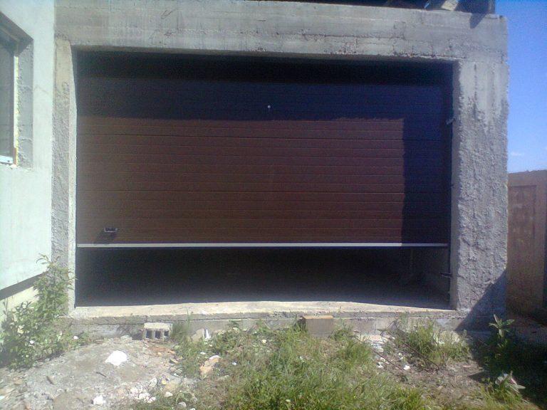 Usa garaj casa particulara 4